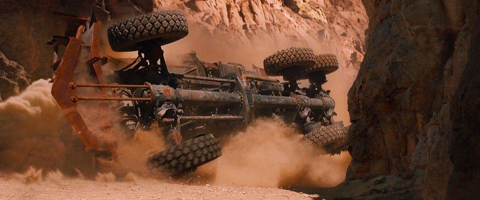 I live, I die, I live again [Mad Max Fury Road] Broken-war-rig